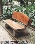Banco em madeira