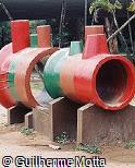 Brinquedo de manilhas de concreto