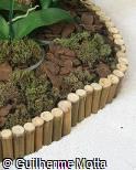 Divisor de canteiro em bambu