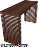 Pergolado de madeira com laterais fechadas