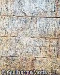 Piso em pedra irregular de formato retangular alternada